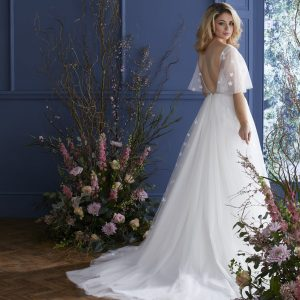 low back a line wedding dress with sleeves