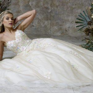 lace bodice bridal wear