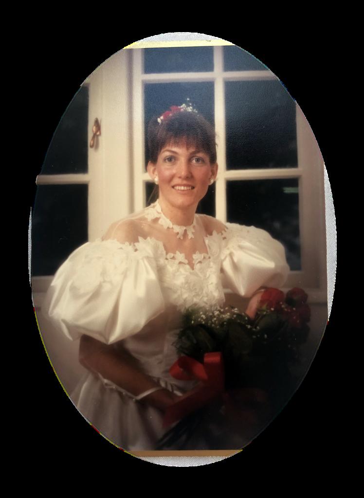 expert bridal seamstress